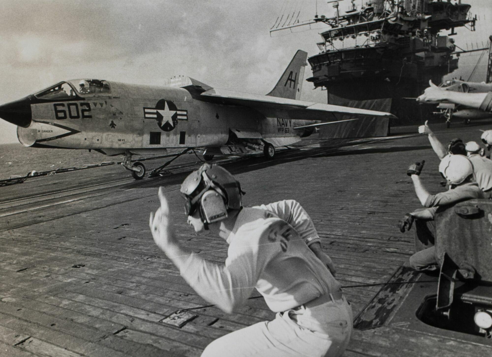 Battlefield Lens Photographers of Indochina Wars