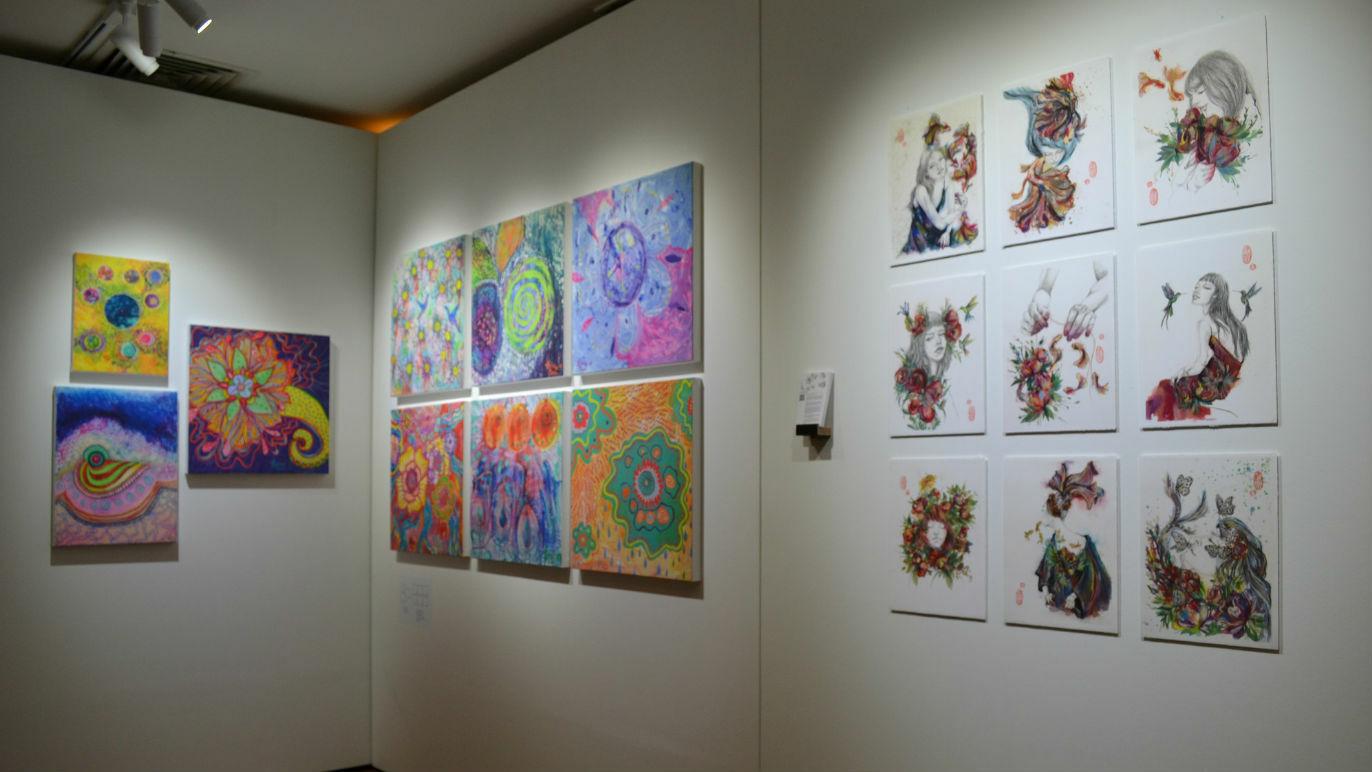 Explore art with artiKARYA