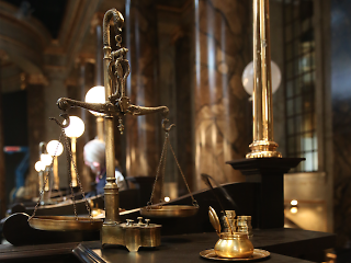 gold scales in gringotts bank