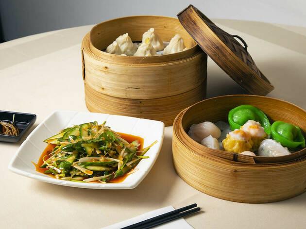 Bottomless food at Dumplings' Legend