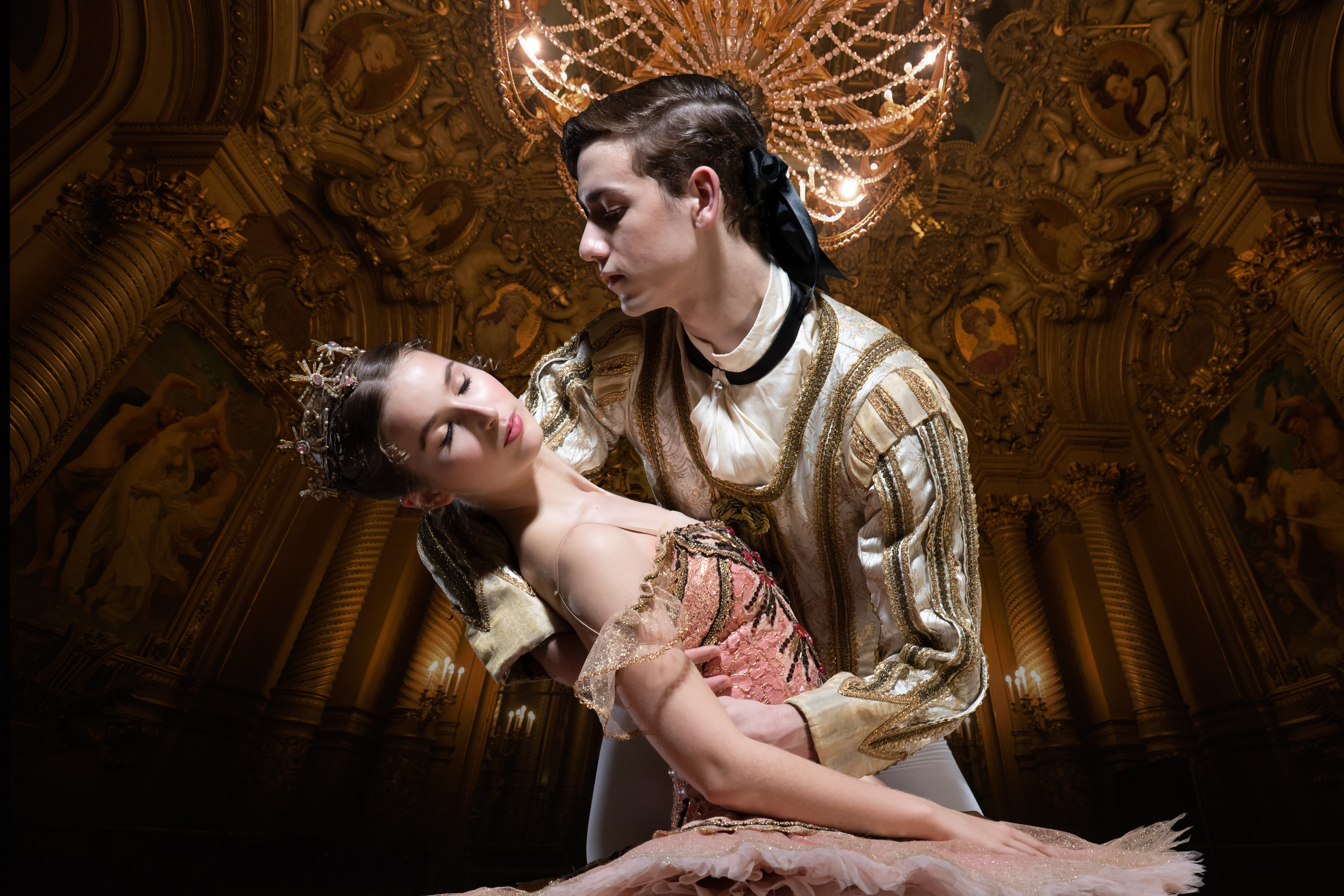 Evelina Andersson as Aurora and Eric Snyder as Prince Désiré in 'My First Ballet: Sleeping Beauty'