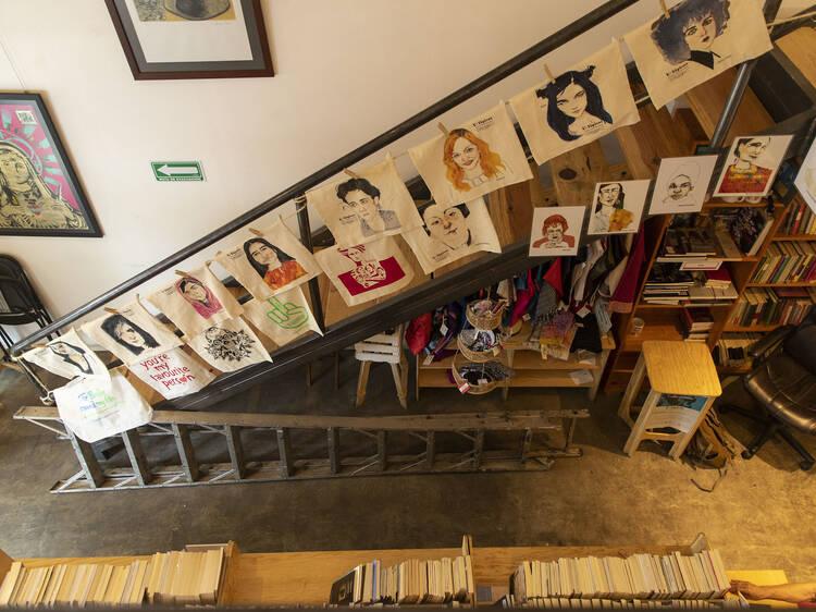 U-Tópicas: Librería y galería feminista