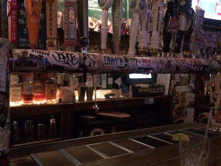 Lucky 7 Tavern