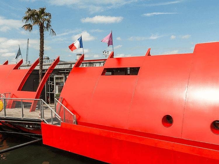 Radio Pirate, le nouveau bateau qui va proposer des teufs les dimanches en journée