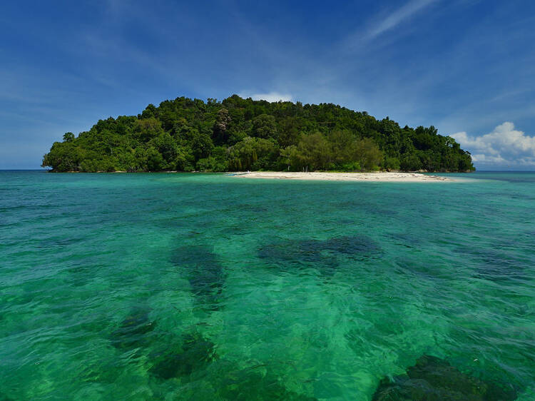 Island hop in the Tunku Abdul Rahman National Park