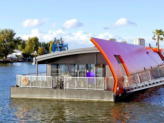 Un nouveau bateau va proposer des teufs les dimanches en journée