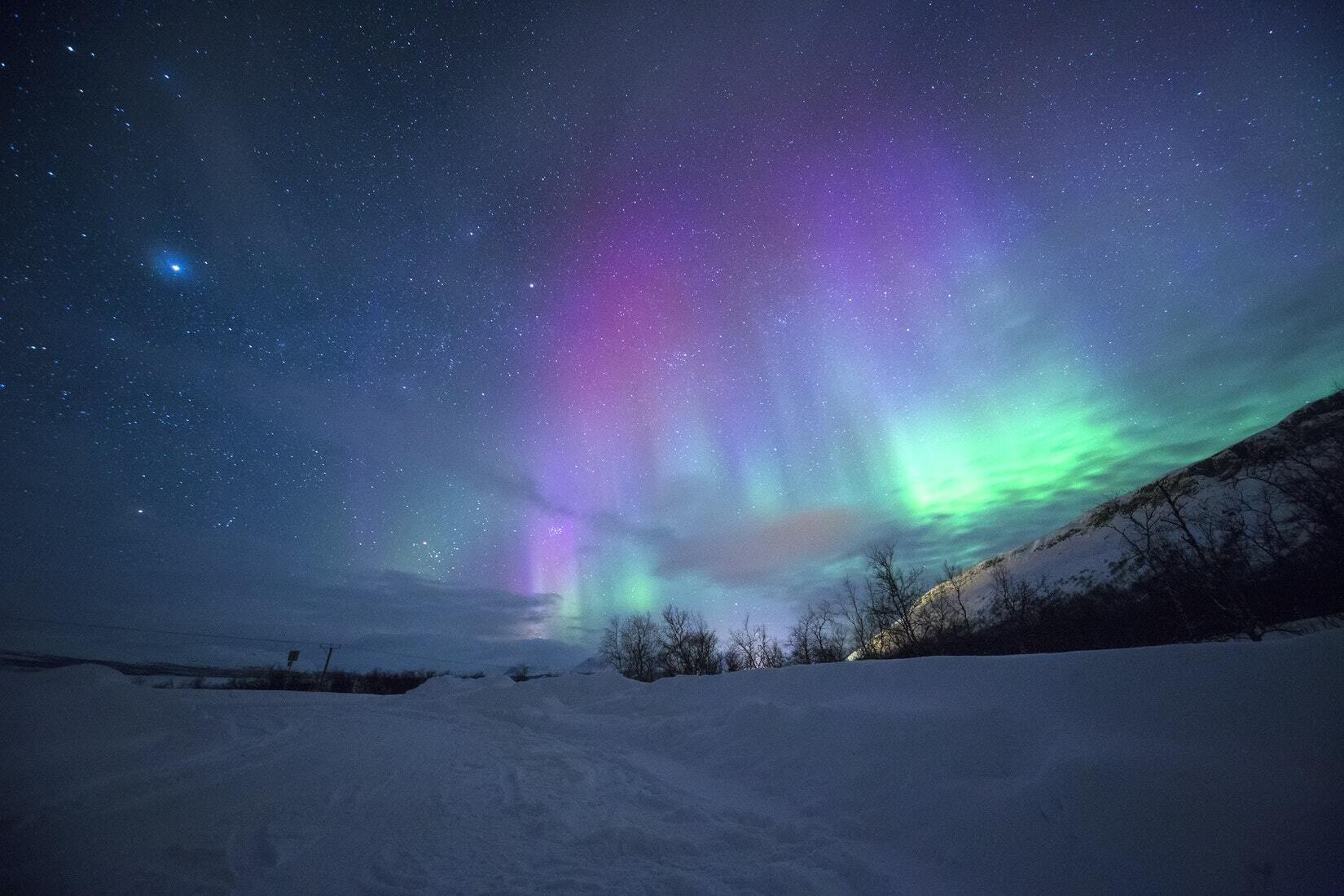 The northern lights might be visible in Chicago this weekend
