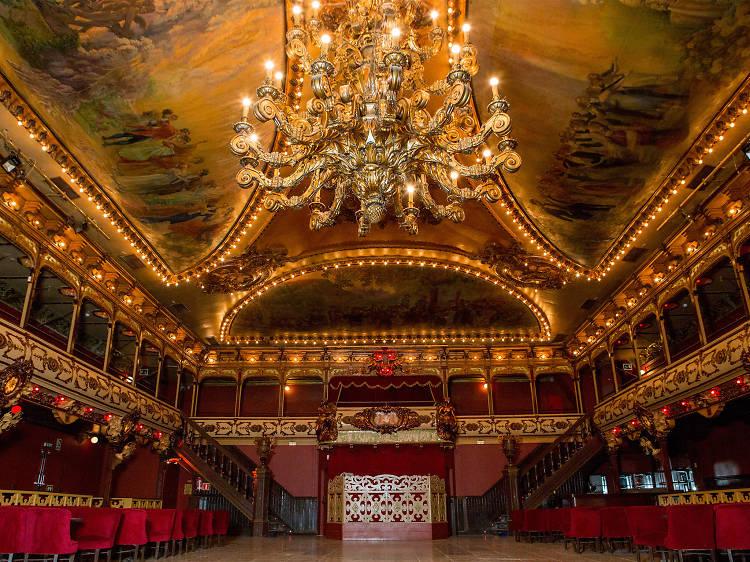 Dance at Barcelona's resurrected party hotspot
