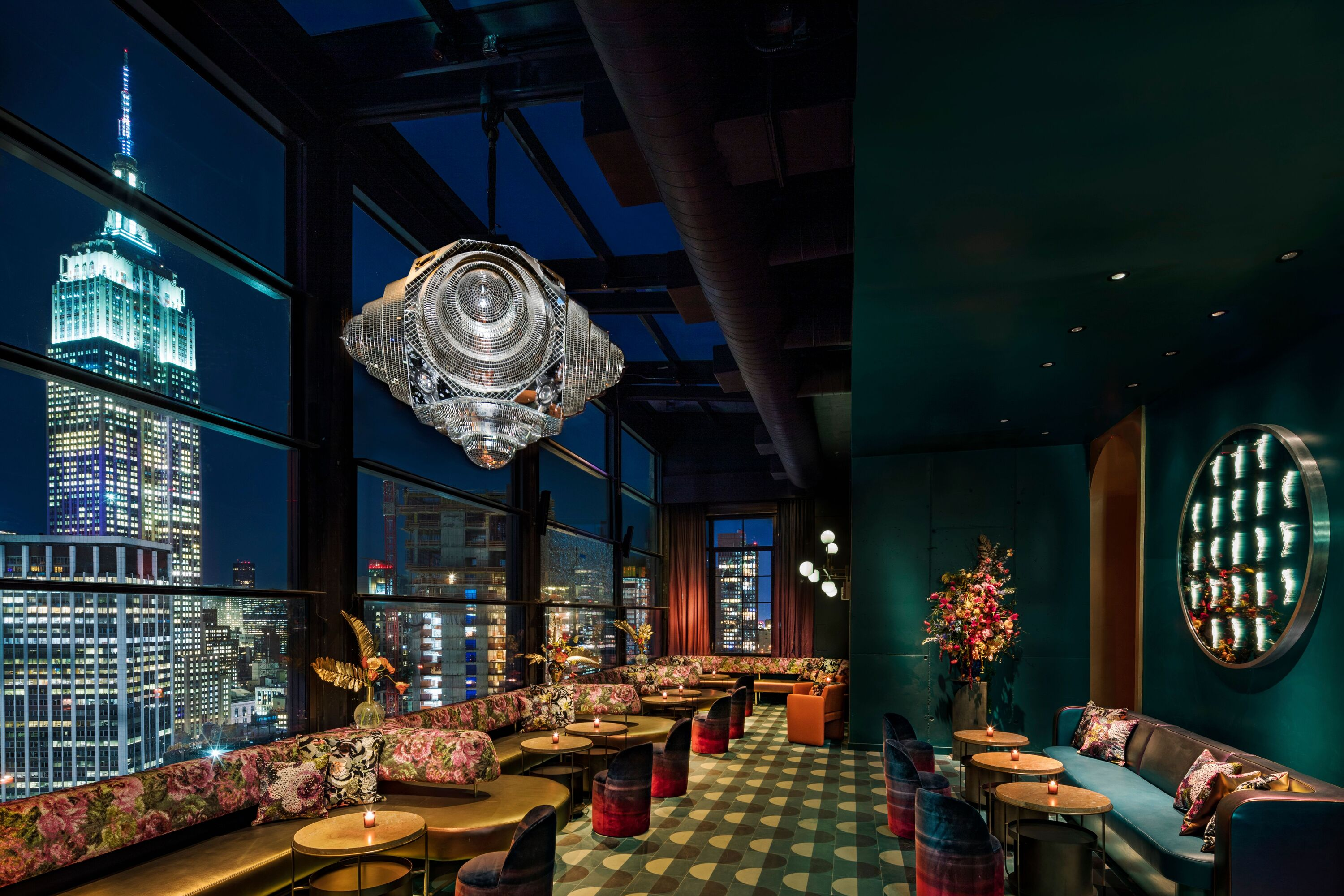 The Fleur Room Bar At Moxy Chelsea Is A Botanical Paradise