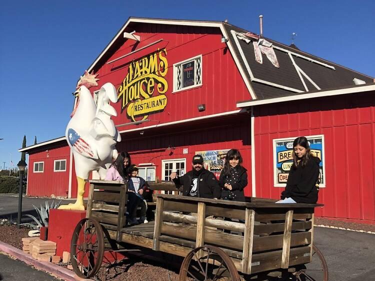Farm's House Restaurant