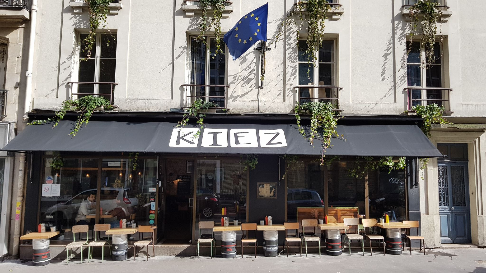 Kiez Biergarten | Bars à 18e arrondissement, Paris