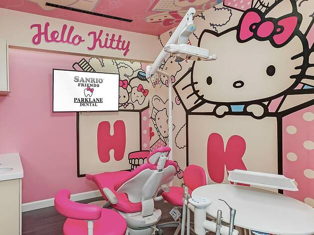 Hello Kitty and Friends at Parklane Dental Block Party