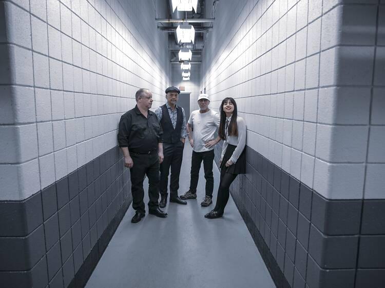 """Paz Lenchantin: """"Sem os Pixies, muitas bandas não seriam o que são hoje"""""""