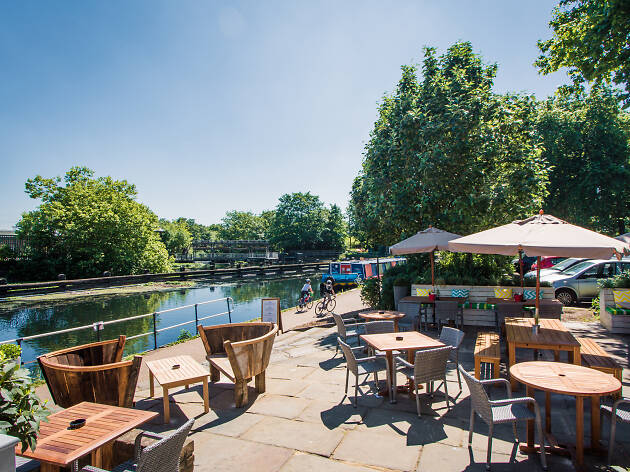 princess of wales, clapton - london's best riverside pubs