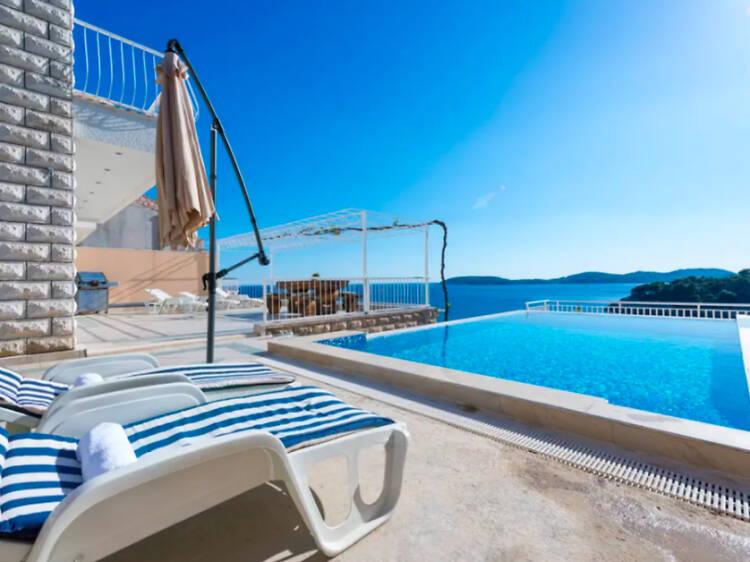 Beachside condo in Dubrovnik
