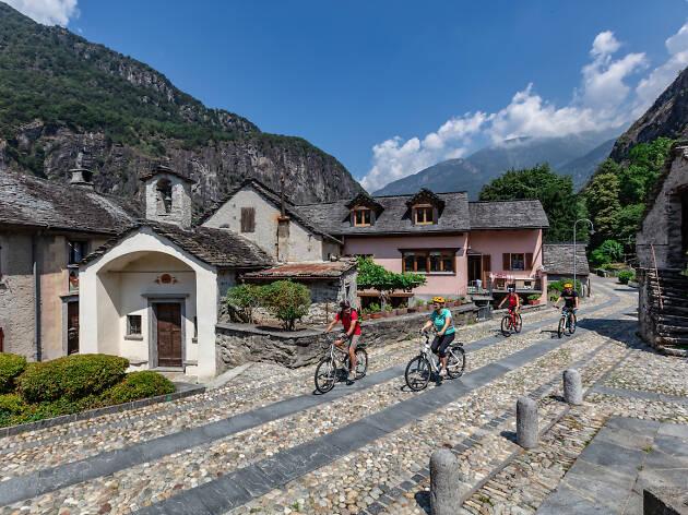 Biking in the Vallemaggia, Ascona-Locarno campaign