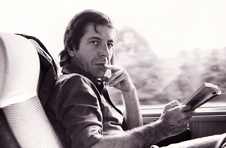 """""""Leonard Cohen: A Crack in Everything"""""""