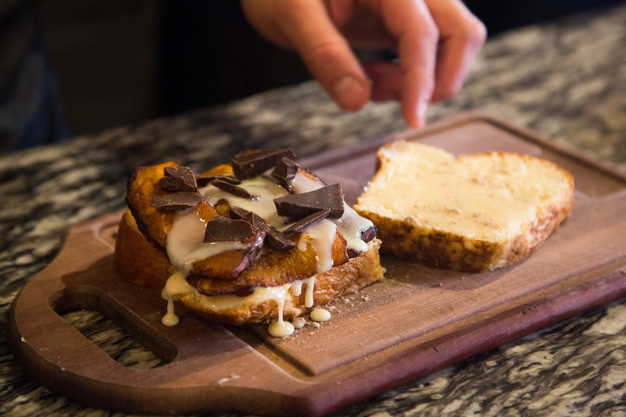 Borona Lonchería, sándwiches y toasts en la Roma Sur