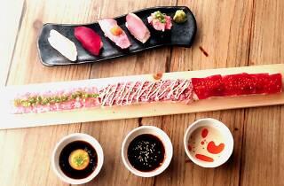 肉鮪ロングユッケ寿司