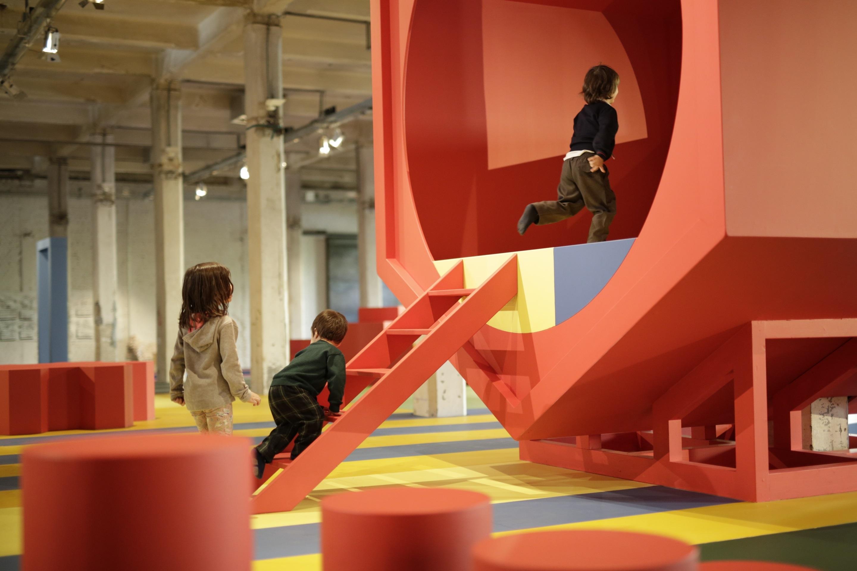 Así es el parque infantil gigante (y muy colorido) que acoge Matadero