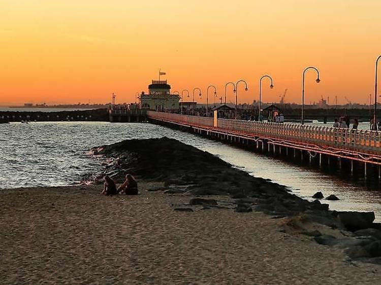 メルボルン:街はずれにある埠頭
