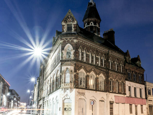 The Gothic Gt Hampton Row