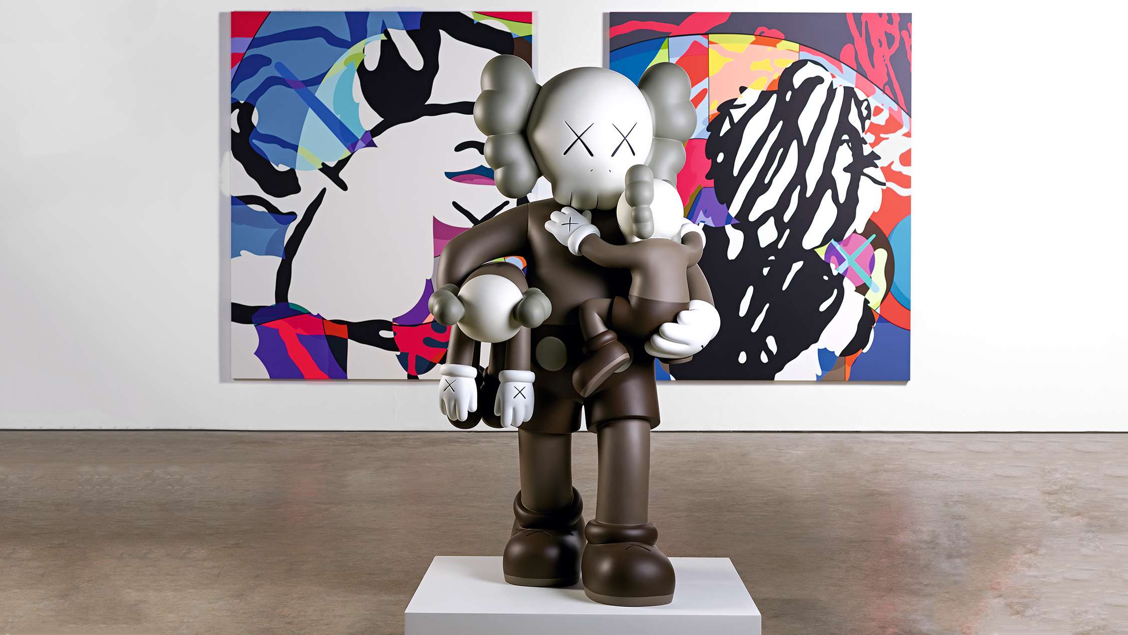 KAWS, 'CLEAN SLATE' (foreground) 2015, 'SURVIVAL MACHINE' (background) 2015, Photograph: Jonty Wilde