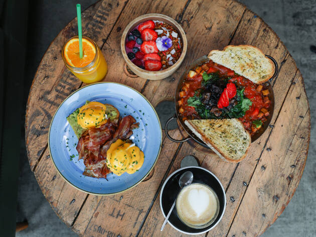 Zenith Brunch & Cocktails Bar