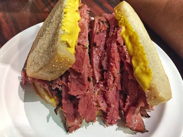 12 Best Delis of Montreal to Eat Delicious Smoked Meat and More