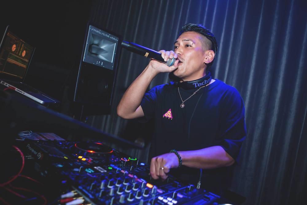 Flow Feat. DJ Martin
