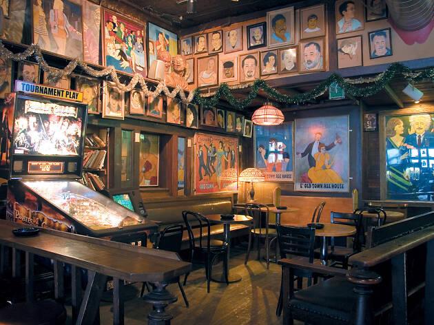 18. Tómate un trago en Old Town Ale House