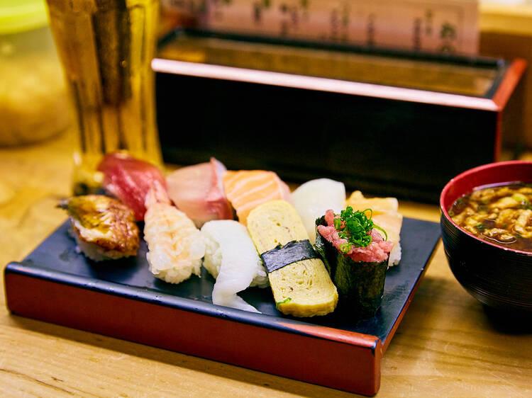 高松駅周辺でサクッと食べるなら...