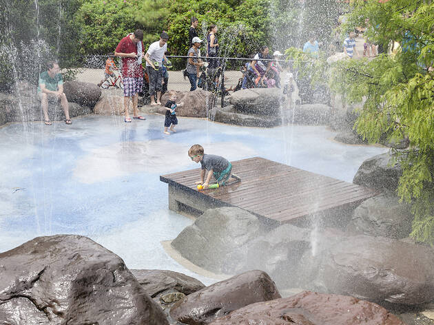 Fun water playgrounds for kids in NYC