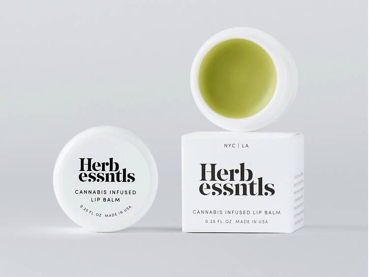 Herb Essentials, la línea de skincare hecha con cannabis