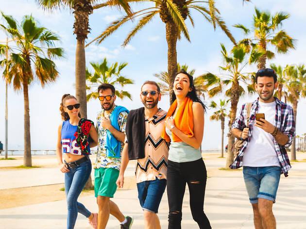 Barcelona Platja gent jove