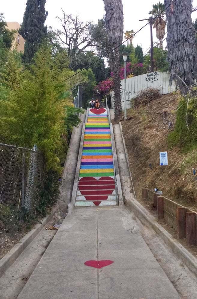 7. Sube por las escaleras del Silver Lake