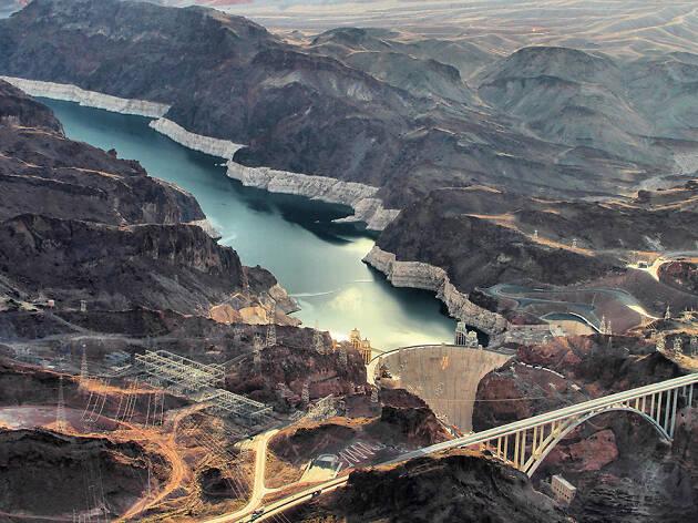 6. Visita la presa Hoover