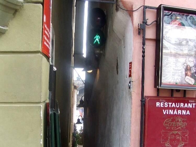 La calle más estrecha de Praga