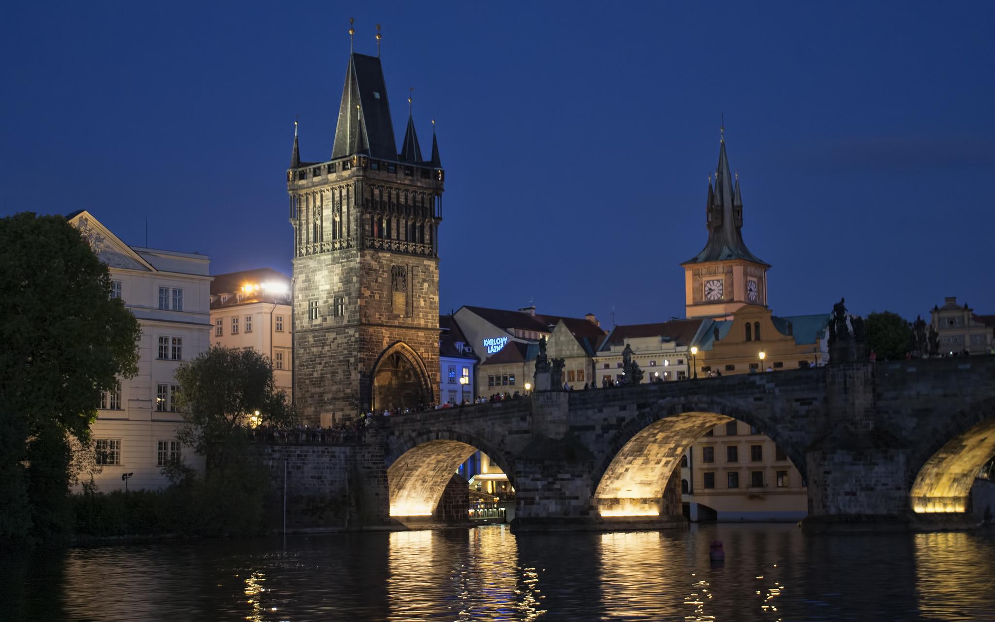 19. Staroměstská mostecká věž