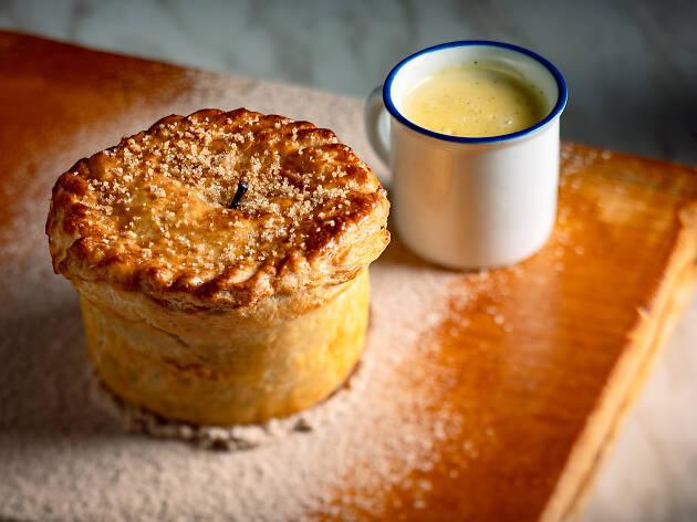 The Leah_Apple & Pecan Pie with Cinnamon