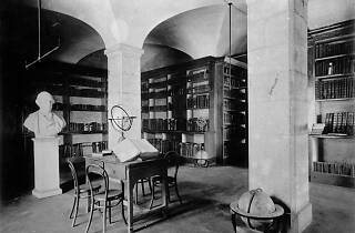 Biblioteca Nacional no Convento de Sao Francisco