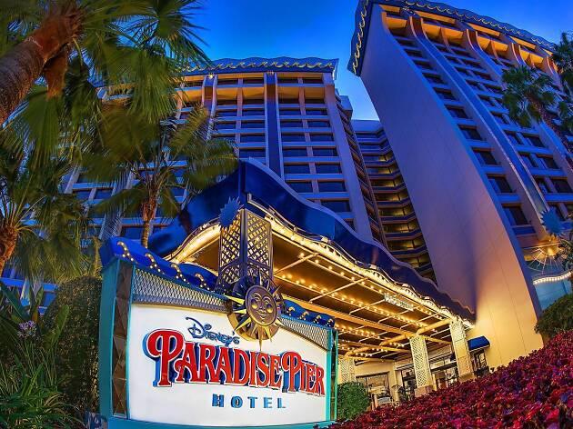 Disney's Paradise Pier Hotel-On Disneyland Resort Property