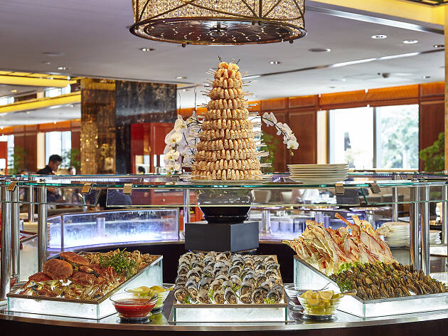 Mandarin Oriental Clipper Lounge Seafood Buffet