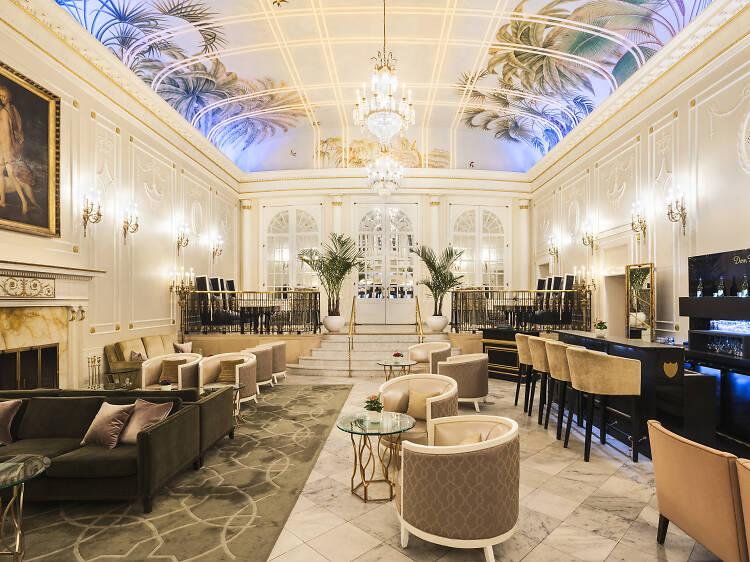 "Feel like ""royal-tea"" at the Ritz-Carlton"