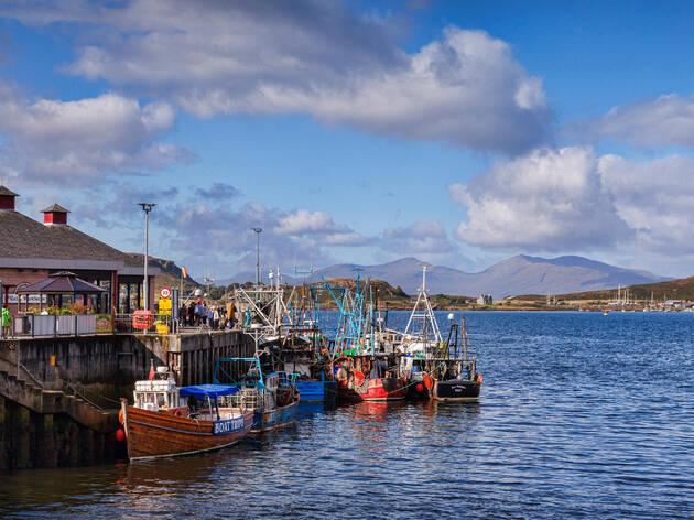 Best Things To Do In Oban, Seafood Feasts to Scottish Castles