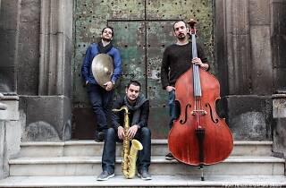 Zadeno Trio