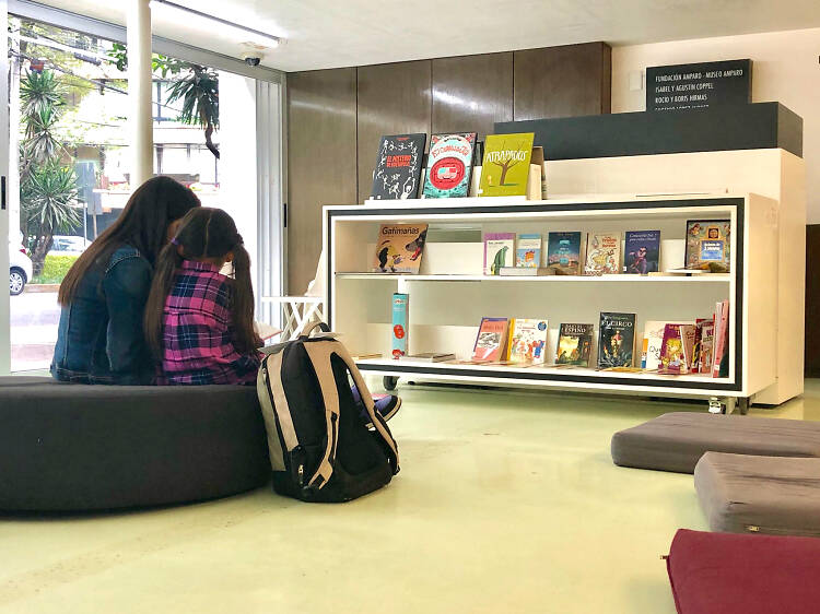 Biblioteca Infantil de la Sala de Arte Público Siqueiros