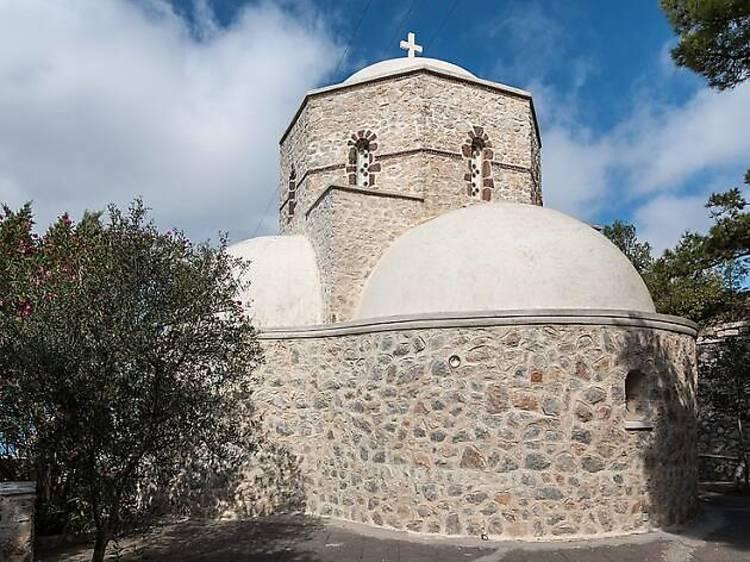 7. Visiter une église