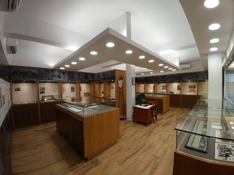 皇者仁風校史館:名校藏文物