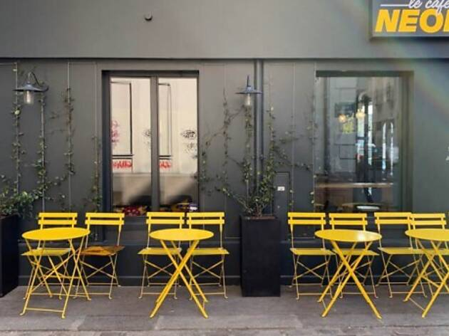 Le Café Neon